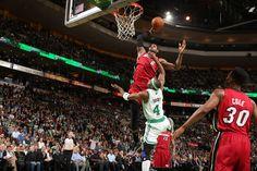 LeBron James dunks on an alley-oop pass against Boston Celtics.    Video here: http://espn.estadao.com.br/video/317277_lebron-james-da-enterrada-incrivel-e-sai-encarando-adversario-no-duelo-contra-os-celtics