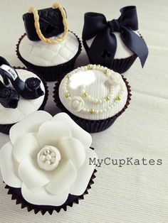 MyCupKates - Cakes, Cupcakes & Cookies: Bag & shoes Cupcakes