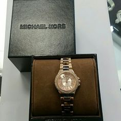 HP  Pretty, Flirty & Girly Party Brand new MK watch MK4289 brand new rose gold tone with leopard pattern. Comes with original box, papers and price tag. Michael Kors Accessories Watches