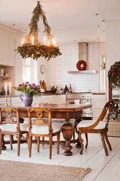 VINTAGE: Helen's lovely home in Country Life