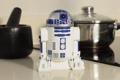 Star Wars Fans! Times Up! Its time to Eat! Star Wars Kitchen Timer - R2-D2 Countdown Timer with Rotating Head. Learn More: http://amzn.to/2tnGLXS