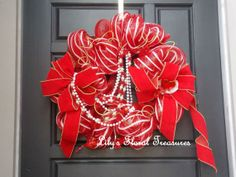 Valentine's Day Wreath by LilysFloralTreasures on Etsy, $65.00