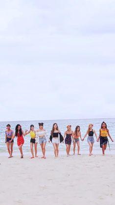 Nayeon, Twice Mv, Twice Once, Twice Dahyun, Tzuyu Twice, Kpop Girl Groups, Korean Girl Groups, Twice Momo Wallpaper, Girl Group Pictures