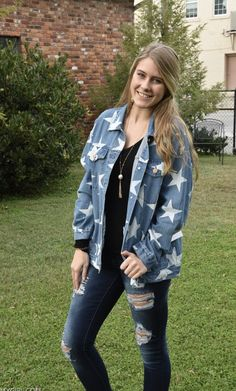 Camouflage Jacket, Girls Boutique, New Trends, Corduroy, Cute Outfits, Vest, Denim, Stars, Sweaters