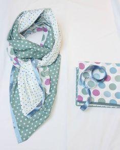 ...★★★... foulard vert - bleu étoiles - Tuto - J'adore !