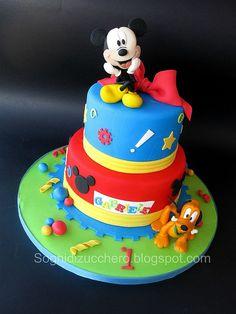 Mickey mouse cake by Sogni di Zucchero, via Flickr