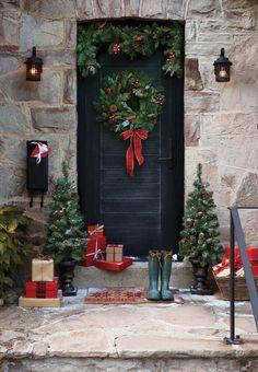 Festive decor for your holiday home  e55f896875a64