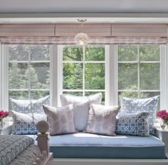Recently I've been pinning lots ofimagesfrom Nightingale Design's beautiful portfolio. The Connecticut based designer, Julie Nightingaleprides herself on creating beautiful, inviting interiors that reflect her clients' personalities andlifestyles. She delivers sophisticated, yet practical interiors. Have a look at some of my favorites from her portfolio. Don't you love? Photo credit: Jane Beiles Photography Follow