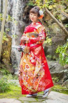 Toe Socks, Gowns For Girls, Traditional Clothes, Geisha, Collars, Kimono, Dressing, Japanese, Sleeves