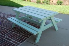 craftyc0rn3r: A Picnic Table for the Kids
