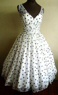 50s perfectamente simple y adorable estilo vestido por elegance50s