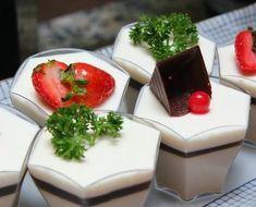 Tofu Dessert, Feta, Panna Cotta, Cheese, Ethnic Recipes, Desserts, Tailgate Desserts, Dulce De Leche, Deserts