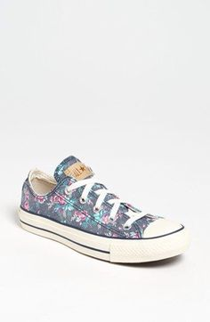 Women's Converse Chuck Taylor All Star Floral Sneaker, Size 5 M - Blue from Nordstrom. Saved to Shoes ❤. Converse 2017, Converse All, Converse Style, Converse Sneakers, Converse Chuck Taylor All Star, Chuck Taylor Sneakers, Custom Converse, Galaxy Converse, White Converse