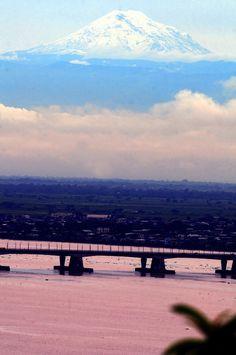 El Chimborazo visto desde Guayaquil (Ecuador)