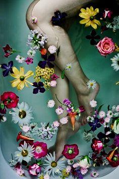 #bazaarflowers Art and flowers inspired by Ophelia