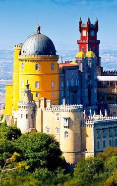 Pena National Palace in Sintra, Portugal (Palacio Nacional da Pena) :: Amazing Photography Of Cities and Famous Landmarks From Around The World. Sintra Portugal, Spain And Portugal, Portugal Travel, Amazing Places On Earth, Places Around The World, Travel Around The World, Around The Worlds, Cool Places To Visit, Places To Travel