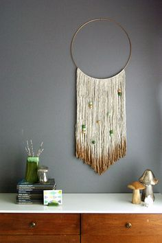 DIY Wall Hangings - DIY Gold Dipped Yarn Hanging - Easy Yarn Projects , Macrame Ideas , Fabric Tapestry and Paper Arts and Crafts , Planter and Wood Board Ideas for Bedroom and Living Room Decor - Cute Mobile and Wall Hanging for Nursery and Kids Rooms Yarn Wall Art, Yarn Wall Hanging, Diy Wall Art, Wall Decor, Room Decor, Macrame Wall Hangings, Diy Hanging, Boho Deco, Deco Boheme