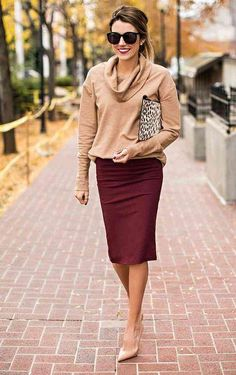 Work outfit ideas: 13 ways to wear a pencil skirt this fall. Click to see them all!