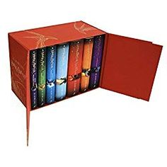 Harry Potter Complete Collection Limited Edition Hardcover All 7 Books Box Set Harry Potter Box Set, Harry Potter Gifts, Harry Potter Books, Harry Potter Hardcover, Rowling Harry Potter, Harry Potter Enfants, Roller Derby Girls, 10 Year Old Girl, Fantasy Fiction