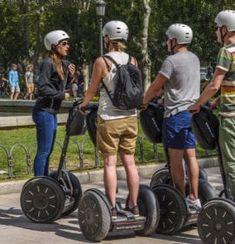 Segway i utdrikningslag er en morsom aktivitet og ett effektiv  fremkomstmiddel som kan brukes for og komme seg rundt i bysentrum. Man kan velge mellom og ha guidede turer eller og leie kun Segway for og kjøre rundt selv, da må man også ha med opplæring for dette om man ikke har Segway kjøre bevis. Dette kan man også kombinere med andre utdrikningslag aktiviteter som rebus løp. Det finnes utleie firmaer for Segway i de fleste store norske byer. Stuff To Do, Things To Do, Good Things, Visit Atlanta, King Jr, New Travel, Martin Luther King, Historical Sites, News