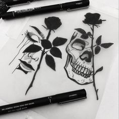 Skull Cut Tattoos # skull # tattoos Best Picture For tattoo tiny For Your Ta Tattoos Skull, Rose Tattoos, Body Art Tattoos, Sleeve Tattoos, Hand Tattoos, Key Tattoos, Butterfly Tattoos, Flower Tattoos, Tattoo P