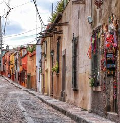 San Miguel ❤  #nature #loves_americas #mexicodestinos #loves_mexico #mexigers #beautiful #igworldclub #landscape #sunset #pasionxmexico #picoftheday #wu_mexico #mexico_maravilloso #instadaily #photooftheday #ig_mexico #mexicodesconocido #vive_mexico #mexico_tour #icu_mexico #instamexicanos #ig_guanajuato #sanmigueldeallende #mexicourbano #city #instagood #rttraveller #vscocam #guanajuato