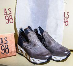 Fatti notare!!! #airstep Shop online: www.loggicalzature.com Details on: http://calzatureon-line.it/