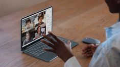 Neuer leichter Surface Laptop Go – Der Laptop für jede Gelegenheit – Microsoft Surface Microsoft Surface, Microsoft Word, New Surface, Surface Laptop, Usb, Windows 10, Appel Video, Software, Useful Life Hacks