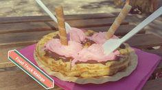Gofre de nutela y nata de fresa en Food Truck.
