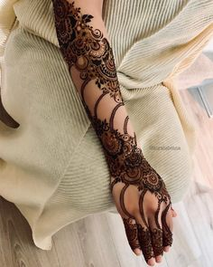 Most Original Henna Tattoo Designs for the Year 2019 - Page 39 of 42 - Tattoo Go! Henna Art Designs, Mehndi Designs For Girls, Mehndi Designs 2018, Mehndi Designs For Beginners, Stylish Mehndi Designs, Dulhan Mehndi Designs, Mehndi Designs For Fingers, Mehndi Design Pictures, Mehndi Images