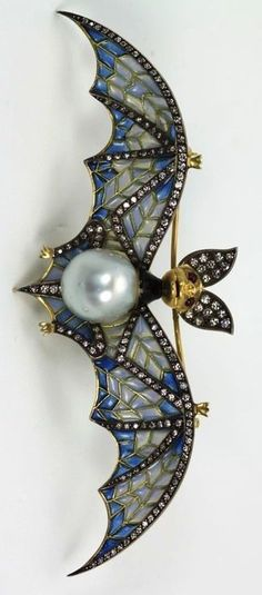 OMG! This is FABULOUS!!! I just had to pin it here! Thought you may appreciate this Art Nouveau Jewelry, as much as I do. :-) #VintageJewelry #DiamondBrooches
