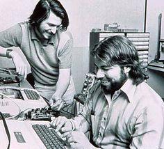 Apple Inc. 32歳記念「二人のスティーブ」展   Blog!NOBON