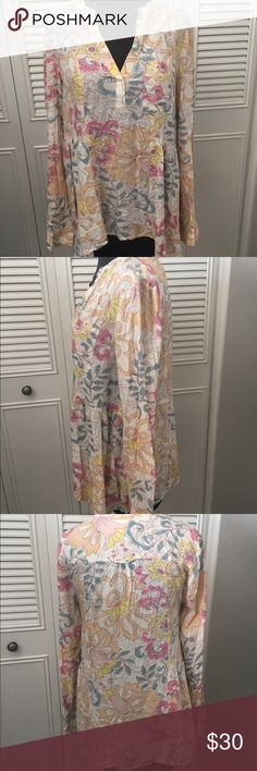 Maeve Anthropologie Top NWOT Cute Rayon side waist pleat detail with high low sides, v neck, cuffed with button (comes with extra button). Cuter in person! Anthropologie Tops