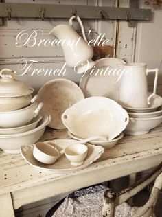 Brocant'elle French Country Cottage, French Country Style, French Farmhouse, French Country Decorating, French Decor, Vintage Farmhouse, Farmhouse Style, White Dishes, White Pitchers