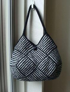 Ravelry: Garter Stripe Square Bag pattern by Ishi-knit (free pattern) Knitting Patterns Free, Free Pattern, Free Knitting, Pattern Ideas, Felt Purse, Striped Bags, Handbag Patterns, Knitted Bags, Knit Bag