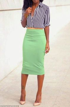 I don't think those two match... but love the skirt style, it will be beautiful in another color...