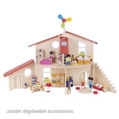 Dit houten poppenhuis kun je op verschillende manieren maken door de muren te verplaatsen. Geschikt voor kindjes vanaf 3 jaar. Te vinden bij Sassefras Meisjes Speelgoed voor écht peuter en kleuter speelgoed.