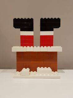 LEGO Kerstman en schoorsteen LEGO Santa Claus and chimney – Claus Lego Christmas Ornaments, Christmas Crafts For Kids, Christmas Diy, Xmas, Lego Duplo, Lego Advent Calendar, Legos, Lego Poster, Lego Challenge