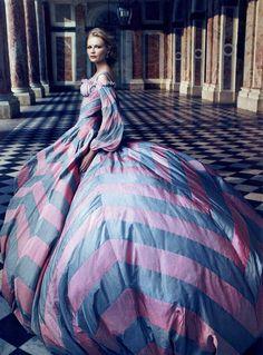 Marie Antoinette: Vogue