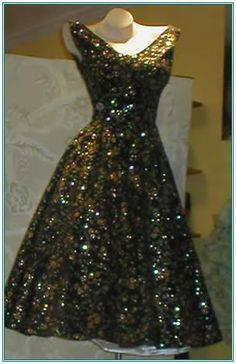 Vintage clothes photos | Vintage Clothing, Designer Clothes, Vintage Jewelry - Betsy's Vintage ...