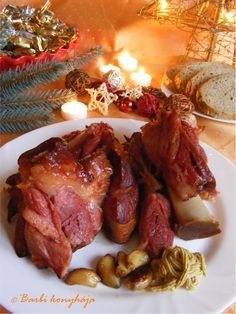 Meat Recipes, Cooking Recipes, Hungarian Recipes, Hungarian Food, Chicken Wings, Sausage, Bacon, Food And Drink, Pork