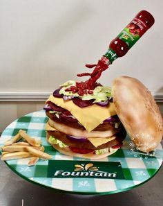 Fountain Hambuger cake by Who did the cake (Helen Wilkinson)