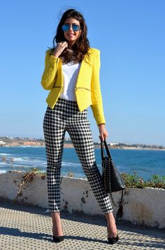 The best street style inspiration and more details that make the difference - Street Fashion Trends and Beauty Tips Business Professional Outfits, Professional Dresses, Business Casual Outfits, Office Outfits, Business Attire, Formal Casual Outfits, Professional Women, Business Women, Business Dress Code