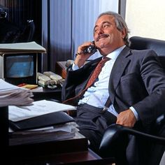 Mafia, Giovanni Falcone, All About Italy, Law Enforcement, Palermo, Black History, Famous People, Beautiful People, Champion