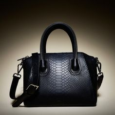 .Leowulff Label | Small black snake tote with silver hardware