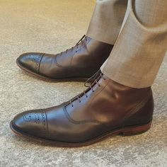 Allen Edmonds - Fifth Ave Dress Boot In Burnished Brown!