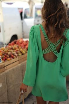 Green Dress fashion summer dress jewelry...now if I could find a bra to work with this dress, lol