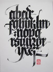 Creative Lettering, Black, Letter, and Alphabet image ideas & inspiration on Designspiration Gothic Lettering, Chicano Lettering, Tattoo Lettering Fonts, Types Of Lettering, Graffiti Lettering, Lettering Styles, Typography Letters, Lettering Design, Hand Lettering