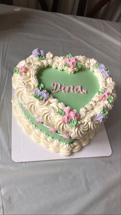 Pretty Birthday Cakes, Pretty Cakes, Cute Cakes, Aesthetic Food, Food Cravings, Cake Designs, Eat Cake, Pink And Gold, Detox