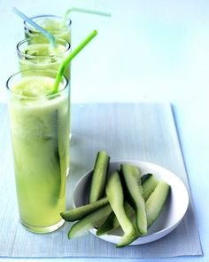 Interesting... Cucumber Limeade... wonder how cucumber and lime would combine in a smoothie?? From Martha Stewart